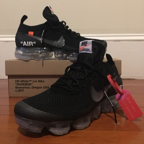 buy popular 859f8 81d48 Off White Vapor Max - Black - size 9 NWT